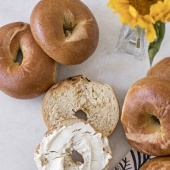 6-pack plain bagels